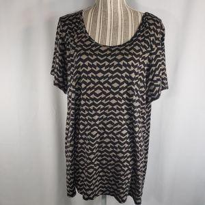 LuLaRoe Black & Tan Geometric Top Size 3XL